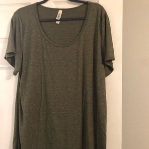 Lularoe Green classic t shirt size 2x super soft